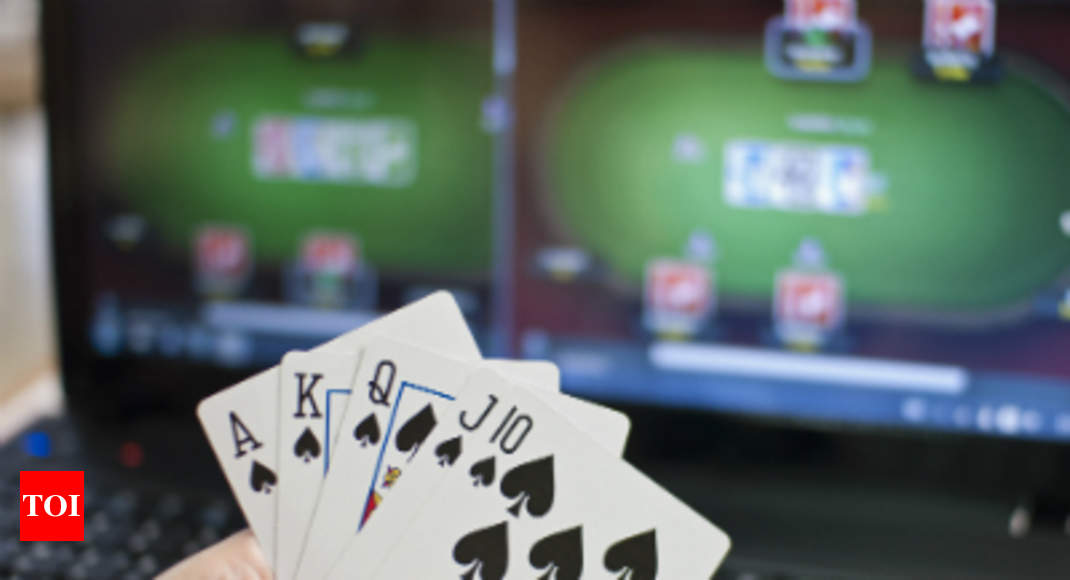 Advt: Inilah cara Anda bisa mengalahkan kebosanan: Pesta poker di rumah bersama teman dan sensasi poker langsung