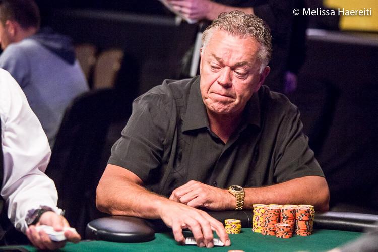 "Ron ""MacDaddy15"" McMillen Mengubah Debut Online menjadi WSOP Bracelet Win ($ 188.214)"
