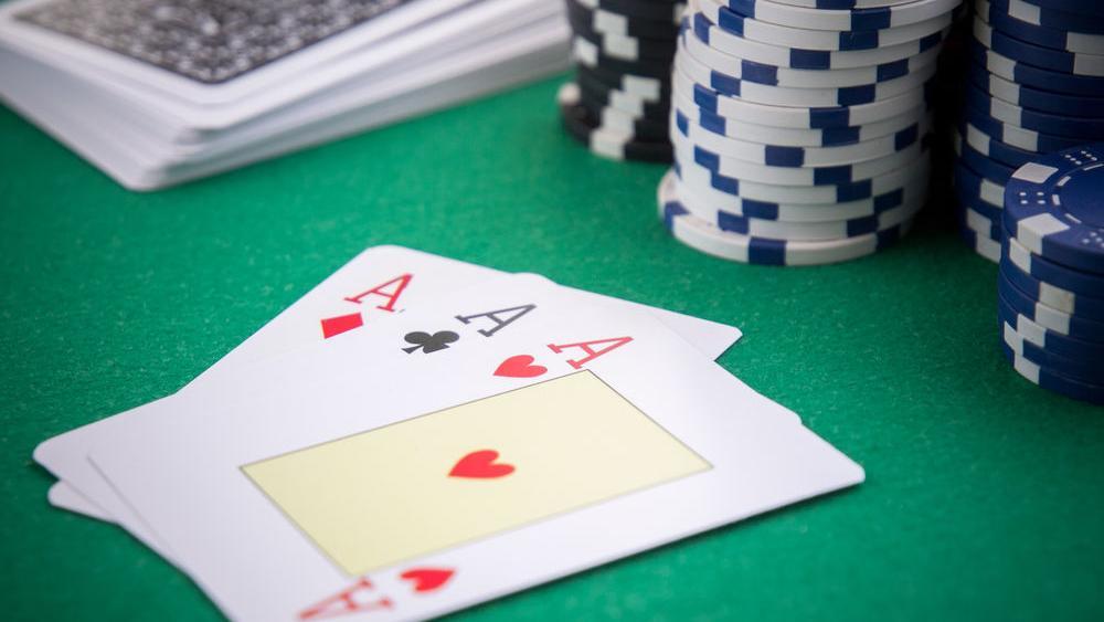 Seberapa bagus tembakan Anda untuk menang di Three Card Poker?   Guru Recreation