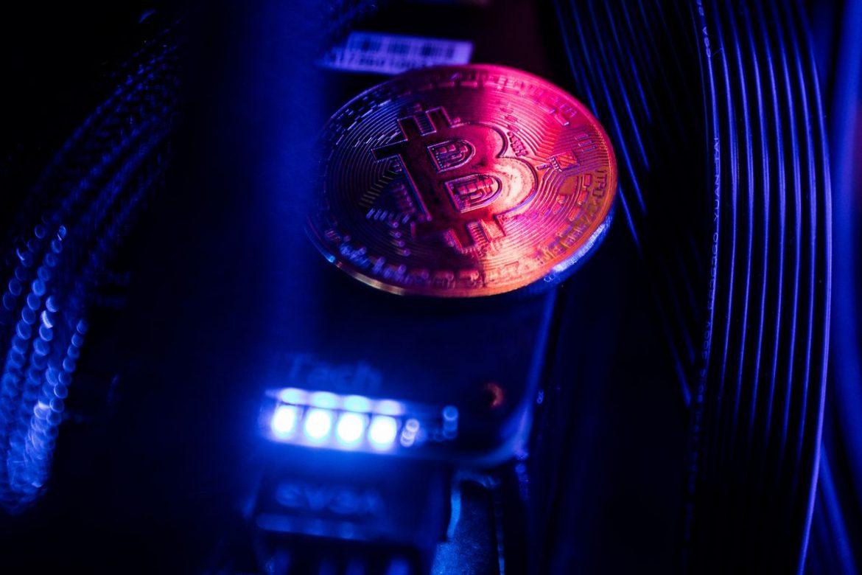 Pemain Poker Meningkatkan Kemenangan dengan Menguangkan Bitcoin
