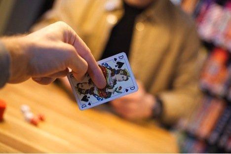 10 Rahasia Bermain Poker Terbaik Yang Harus Diketahui Semua Orang