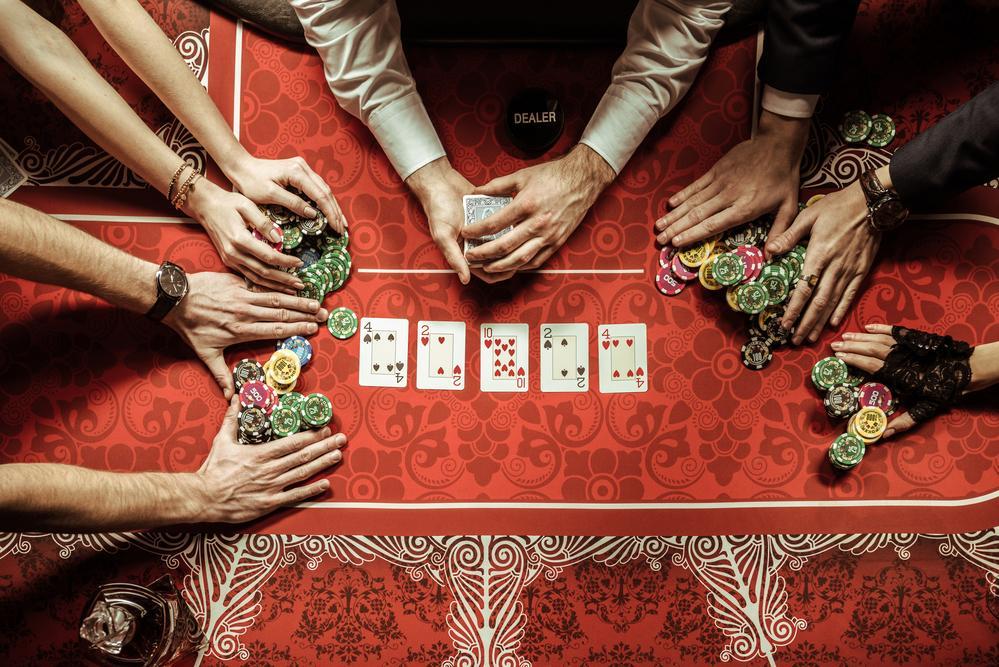 Kurangnya Dealer yang Cukup Memaksa Encore Boston Harbor untuk Menjeda Live Poker