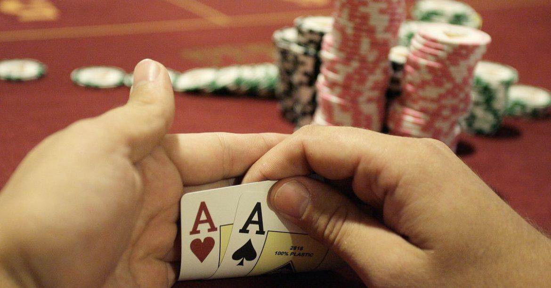 Wajah poker grup layanan dana terbayar